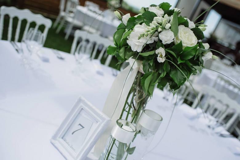 dekoracija venčanja.dekoracija vencanja.bidermajer.mlada.wedding.dekoracija stolova za goste.mladenacki sto.