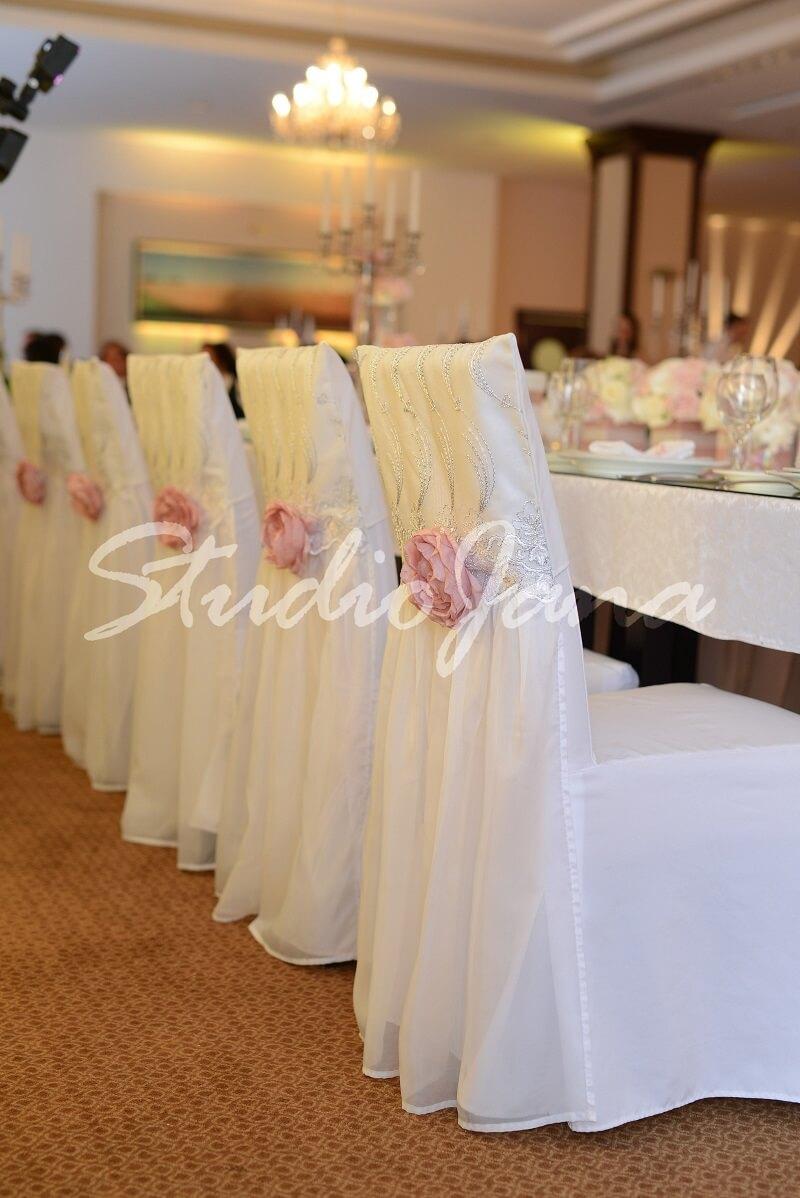 Dekoracije stolica - Brilliant Rose